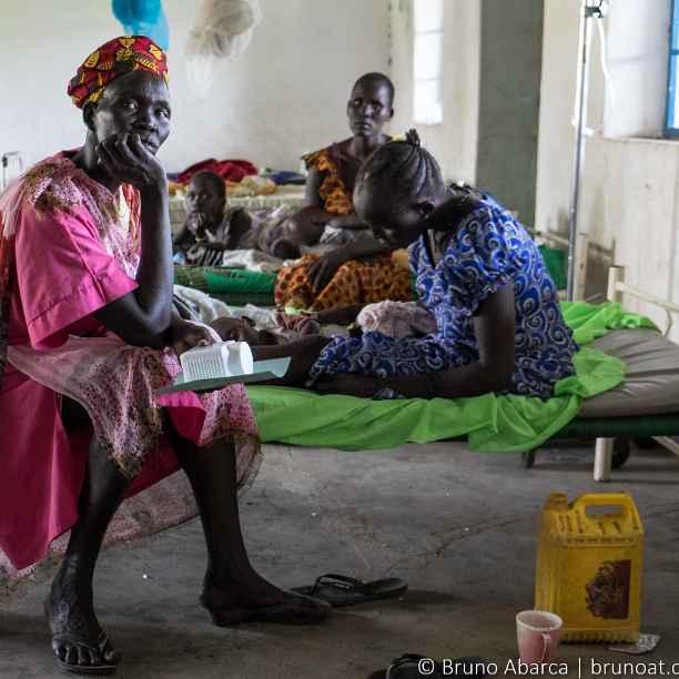 Atención sanitaria a víctimas de la guerra en Sudán del Sur